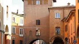 Torresotto del Pratello o di porta Nuova  - >Bologna
