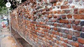 Mura Spagnole - >Milano