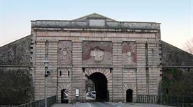 Porta Verona - >Peschiera del Garda