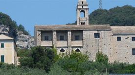 Chiesa di San Cipriano - >Finale Ligure