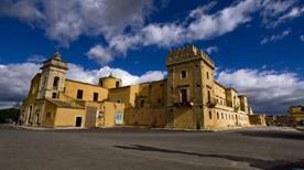 Castello Principi di Biscari - >Acate
