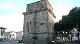 Torre Matilde - >Viareggio