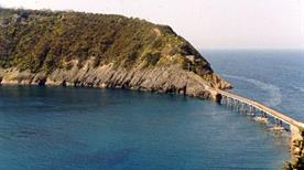 Spiaggia Isolotto di Vivara - >Procida