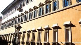 Palazzo Ruspoli - >Rome