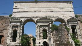 Porta Maggiore - >Rome