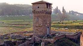 Torre della Moletta - >Rome