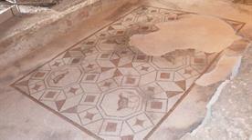 Mosaici Domus Romana - Cupola parcheggio - >Spello
