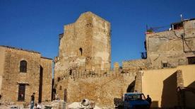 Castello Arabo-Normanno Diroccato o Chiaromonte - >Butera