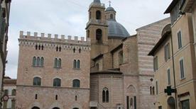 Pinacoteca Comunale - >Foligno