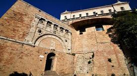Porta Marzia - >Perugia