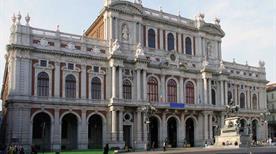 Palazzo Carignano - >Turin