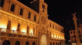 Torre dell'Orologio - >Napoli