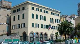 Palazzo Ferrero-Grassi-Lamba Doria - >Savona