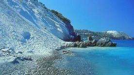 Spiaggia bianca - >Lipari