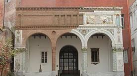 Museo Artistico Industriale Filippo Palizzi - >Napoli