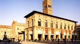 Palazzo di Re Enzo - >Bologna