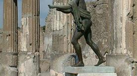 Tempio di Apollo - >Pompei