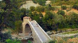 Ponte a Schiena d' Asino - >Castel del Rio