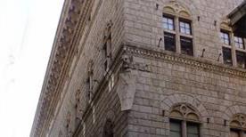 Palazzo Bandini Piccolomini - >Sienne