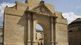 Porta Napoli - >Lecce