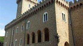 Castello Pasquini Fantasia - >Rosignano Marittimo