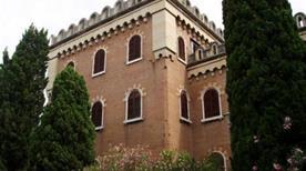 Castello San Pietro resti - >Verona