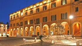 Palazzo Comunale - >Cesena