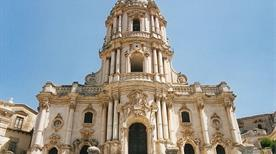 Duomo di San Giorgio - >Modica