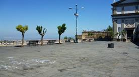 Largo San Martino - >Napoli
