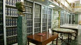 Biblioteca Estense - >Modena