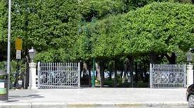 Villa Comunale - >Trani