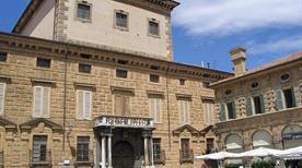 Palazzo Canossa - >Mantova