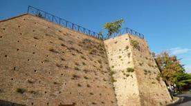 Rocca Capo d'Atri resti - >Atri