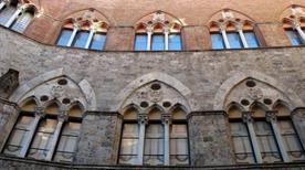 Palazzo Marsili - >Sienne