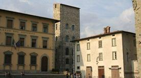 Torre di Catilina - >Pistoia