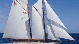 Flying charter Srl - Yacht Broker MYBA - >Naples