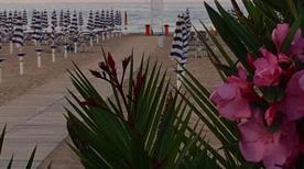 Lido la Bussola Beach - >Vieste