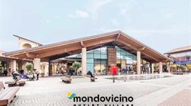 Mondovicino Outlet Village, Cuneo - >Mondovi'