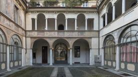 Persano - >Turin