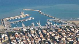 Porto di Giulianova - >Giulianova