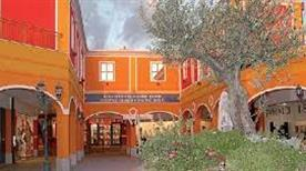 Sardinia Outlet Village, Sestu - >Sestu