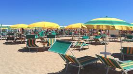 Spiaggia 62 Sandrino - >Riccione
