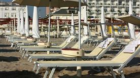 Spiaggia 76 - >Riccione